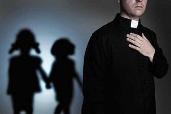 Iglesia destituye a tres sacerdotes salvadoreños por abuso sexual de menores