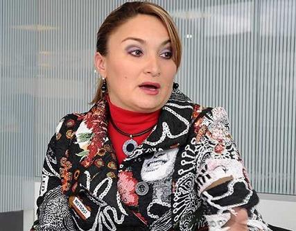 Exgobernadora del Quindío Sandra Paola Hurtado Palacio y cuatro exfuncionarios a imputación de cargos, se habrían pagado coimas por más de 3 mil millones de pesos