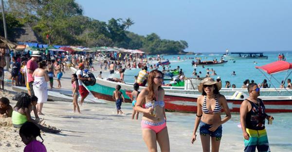 Ordenan cierre de importante playa cartagenera