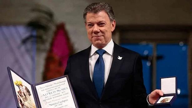 El New York Times cuestiona seis premios Nobel de Paz, entre ellos el de Juan Manuel Santos
