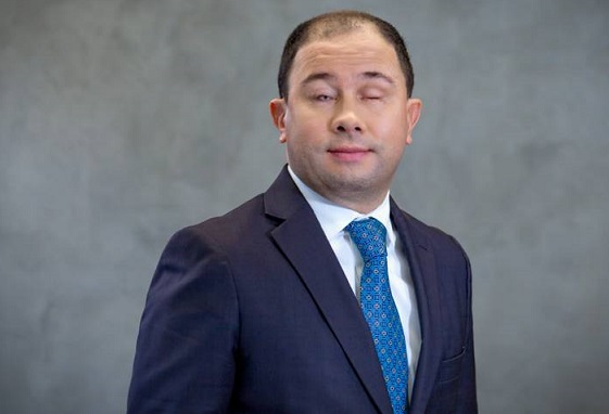 Mejor abogado de Suramérica es colombiano y es invidente