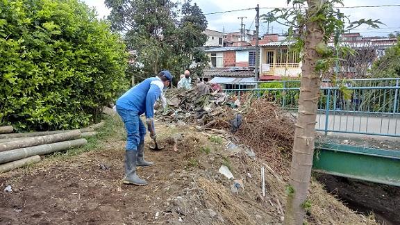 Recuperación ambiental de la quebrada La Congala en Barcelona, Quindío, estará lista en marzo gracias al proyecto Biodiverciudades