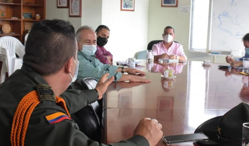 CRQ y Policía regularán el ingreso de turistas al Valle del Cocora