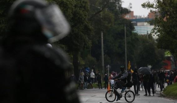 Inspector general de la Policía anuncia sanciones contra uniformados por abusos en protestas