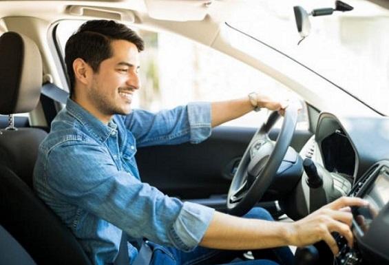 A renovar su licencia de conducción más de 3,8 millones de colombianos