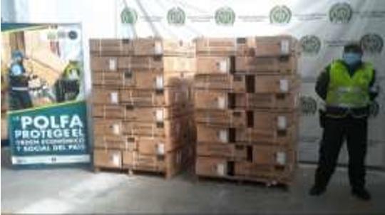 Policía Fiscal y Aduanera aprehendió contenedor con 1.480 unidades de calentadores de agua en la vía Valle del cauca – Quindío