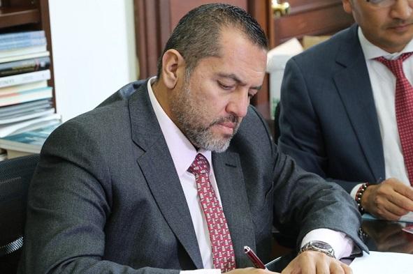 """""""Inclusión de constructores quindianos en la ZESE, debe ser exclusivamente para empresas locales: Senador Mario Castaño"""