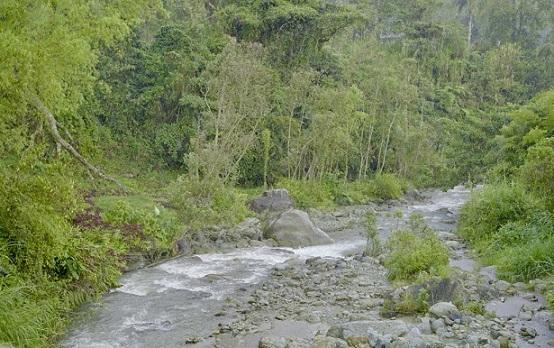 En el río Lejos de Pijao, Quindío, se harán obras de mitigación de riesgo por avenidas torrenciales